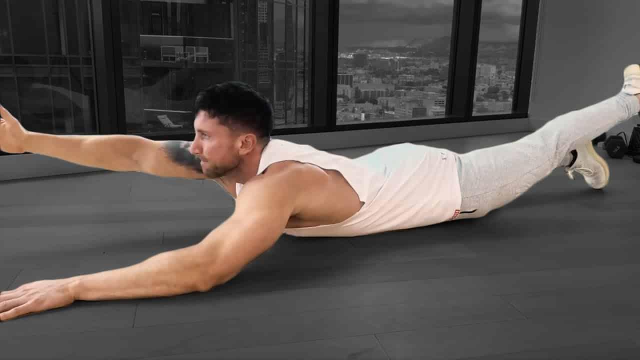 alternating superman exercise