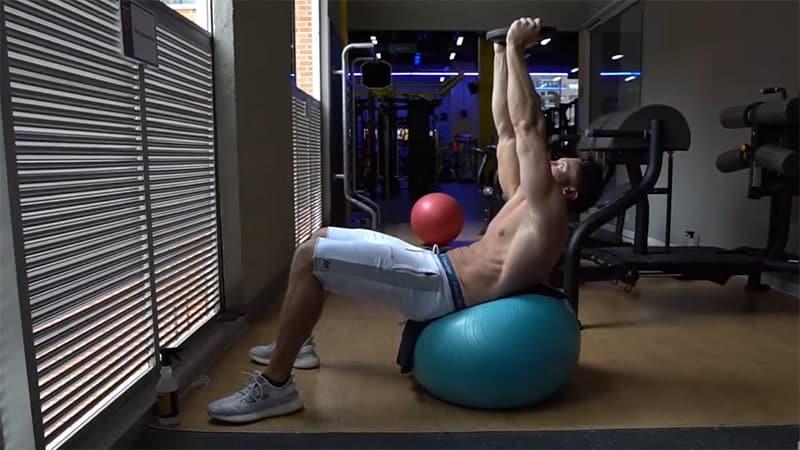 Troy doing a swiss ball crunch